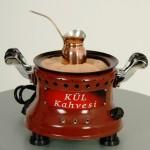 Kumda Pişen Türk Kahvesi