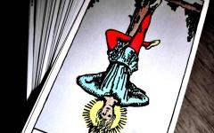 tarot falı asılan adam kartı