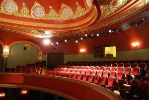 Tiyatro Sevdası