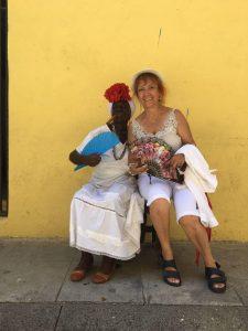 Binnaz Abla Küba'da